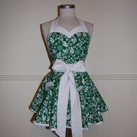 Emerald Green and White Full Apron with Sweetheart Neckline and Pocket