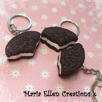 Oreo cookie bff three piece keyrings set  - fake food - best friend keychains - miniature food - threeway keychain - polymer clay