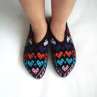 heart love slippers, womens slippers, Turkish Slippers, ladies booties, knit home shoes, house shoes, gifts for woman, valentines gifts