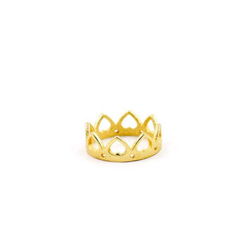 SPRING SALE -- Queen of Hearts Crown Ring in gold - A crown-shaped ring decorated with hearts
