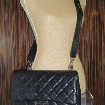 CHANEL 2016 BLACK CRUISE COLLECTION FLAP BAG A93135