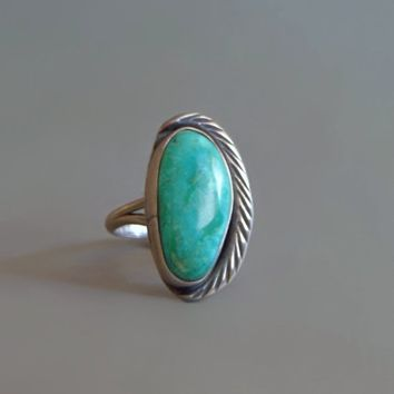 OLD PAWN Vintage Native American Turquoise RING Solid Sterling Silver Feather Leaf, Roomy Size 5 1/2 Womens Green Navajo Rings Gift for Her