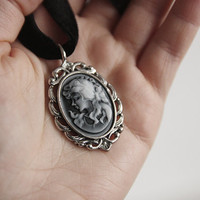 Lady Cameo Necklace, Choker