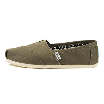 Toms for Women: Classic Tarmac Olive Canvas