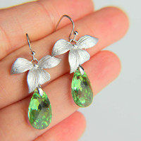 Earrings:Rhodium plated leaves with emerald green swarovski crystal, rhodium plated hooks hooks gift for  wedding, valentine's mother's day
