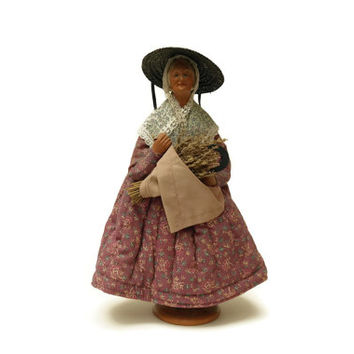 French Santon Doll by Simone Jouglas. Provencal Terracotta Figurine with Lavender. French Traditional Doll. Old Lady Doll.