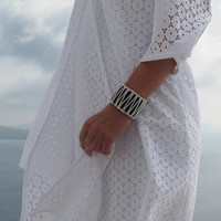 Luxurious leather cuff, wide with macrame decoration Women Leather Bracelet. White on Black. NEW. SLC02