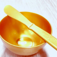 Antibacterial Gold Bowl and Spatula Set