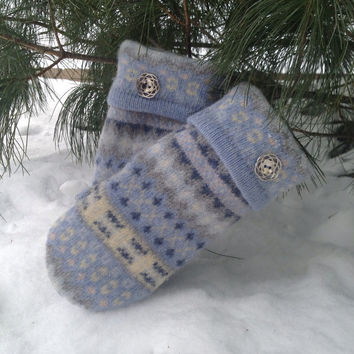 Felted 100% Lambs Wool Blue Grey Cream Design Recycled Sweater Mittens for Women Size Small with Grey Polar Fleece Lining and Metal Buttons