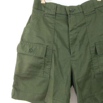 Vintage Army Green Shorts Recycled Washed Green Surplus Shorts High Rise Camp Cargo Shorts Rugged Hiking SAFARI Shorts Dells Womens Medium