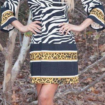 Madelyn Print Dress in Zebra Short Shift V Neck 3/4 Sleeves