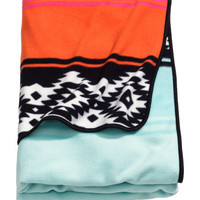 Patterned Fleece Throw - from H&M