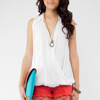 That's a Wrap Sleeveless Top in White :: tobi