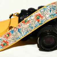 Flowers Camera Strap. DSLR Camera Strap. Canon Nikon Camera Strap. Yellow camera strap. Camera Accessories