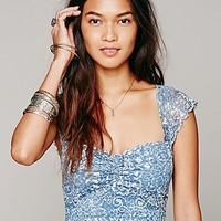 Intimately Womens Printed Scallop Edge Crop