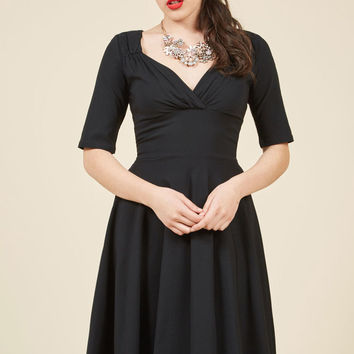 Vixen Match Midi Dress in Black
