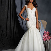 Alfred Angelo 2523 Lace Fit & Flare Wedding Dress