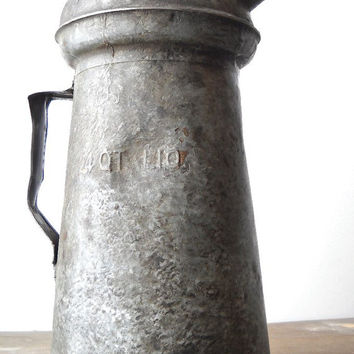 Vintage Oil Can 4 Qt Galvanized, Industrial Decor, Service Station Collectible