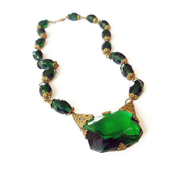 Art Deco Necklace, Czech Jewelry, Emerald Green, Gold Tone Filigree, Antique Jewellery, Christmas, Holiday Party