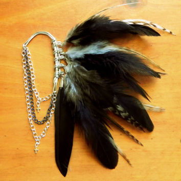 Black Raven Feather Ear Cuff by Plumeuphoria on Etsy