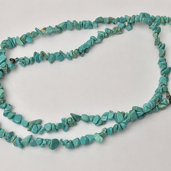Vintage Turquoise Gemstone Necklace / Blue Green Beaded Raw Stone Jewelry / Boho Bohemian Necklace / Southwestern Native American Jewelry