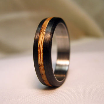 Whiskey Barrel Oak with Carbon Fiber - Authentic Jack Daniels wood ring