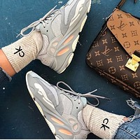 Adidas Yeezy 700 Runner Boost Hot Sale Couple Casual Sneakers Gray