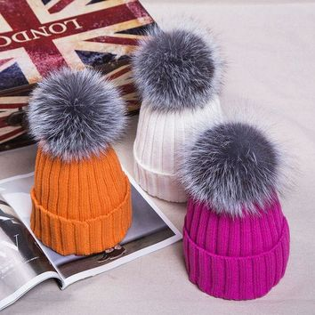 DCCKWQA Popular Women Knitted Beanies with 15cm Fox Fur Pompom Winter Fur Bobble Hat Real Fur Pompom Cap Woven Bobble Hat
