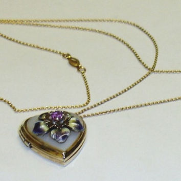 Edwardian 10K Yellow Gold Mother Of Pearl & Enameled Pansy Heart Locket On Fine 10K Chain