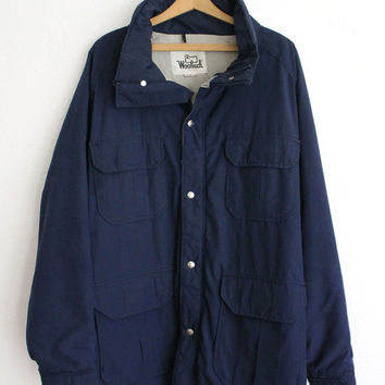 Vintage 80s Men's Navy Woolrich Down Coat // Heavy Fall Winter Long Jacket