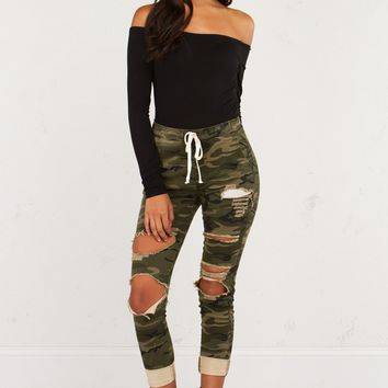 Distressed Camouflage Pants For Edgy Looks