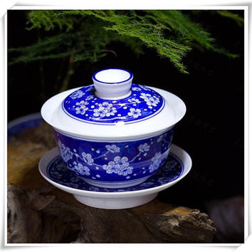 Hand Painted Porcelain Teacup and Saucer with Lid, Traditional Chinese Gaiwan Tea Cup