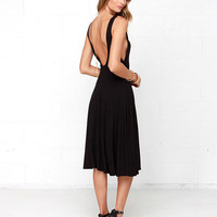 Black V-Back Sleeveless Casual Dress with Pleated Skirt