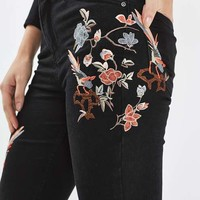 MOTO Floral Embroidered Raw Hem Jamie Jeans