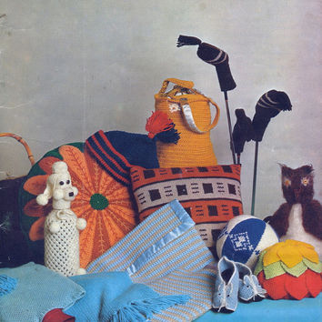 Patons Bazaar Handknitted and Crochet Novelties. Original Vintage Knitting Pattern Book Includes Tea Cosies, Slippers, Toys & More.