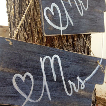 Mr. & Mrs. Signs Set - Chair Signs - Wall Signs - Table Signs