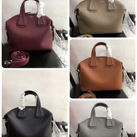2020 New Office Givenchy Women men Leather Monogram Handbag Neverfull Bags Tote Shoulder Bag Wallet Purse Bumbag Discount Cheap Bags Best Quality