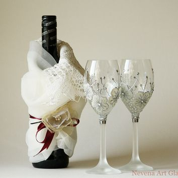Wine glasses, wedding glasses, hand painted, set of 2