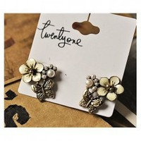 Retro Style Floral and Butterfly Pattern Design Ear Pin For Female China Wholesale - Sammydress.com