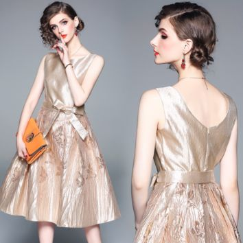 The latest fashion round collar gold positioning high-end Jacquard Dress