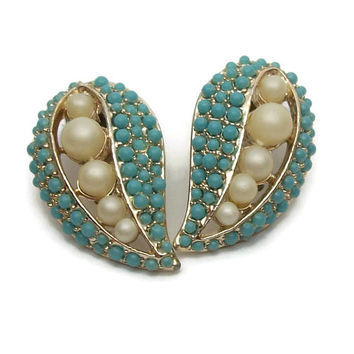 Vintage Turquoise Colored Seed Bead and Faux Pearl Clip On Earrings - Gold Tone Teardrop Paisley Shape - Mid Century Jewelry