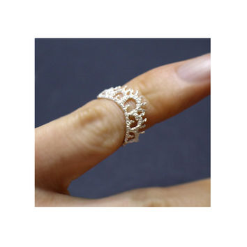 Silver Knuckle Ring, Shape of the lace rings, handmade ring