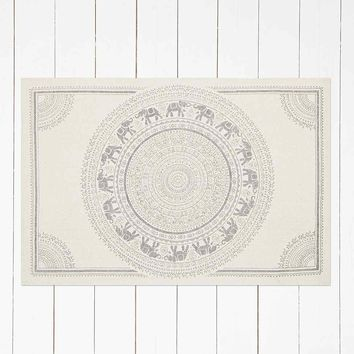 Elephant Medallion 2x3 Rug in Grey - Urban Outfitters