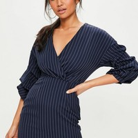 Missguided - Navy Pinstripe Ruched Sleeve V Neck Dress