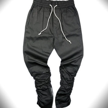 2017 Black/Green korean hip hop fashion pants with zippers factory connection mens urban clothing joggers men