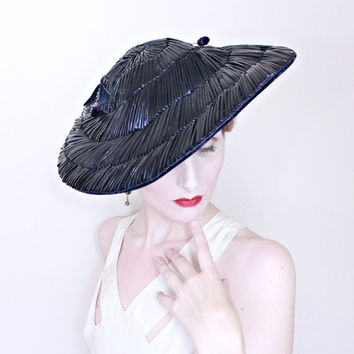 1930s Vintage Hat / Wide Brim Hat / Navy blue Velvet / Shiny raffia straw / Matching velvet hat pins