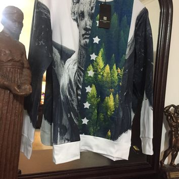 Givenchy Sweatshirt 'Size XL' (European Statue amongst a forest🔥🔥)