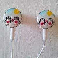 1 left    Penguin Love  Earbuds