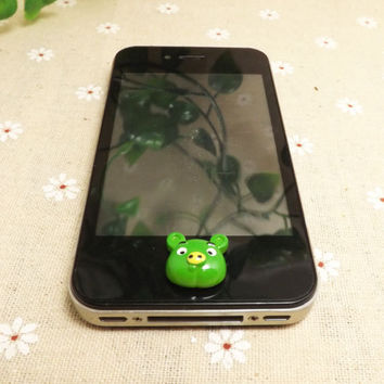 Cute Green Pig Cartoon Animal Home Button Sticker for iPhone 3,4,4s,5,ipad 2,3,4,iPod Touch 2,3,4,5