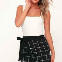 Grid Manners Black and White Grid Print Wrap Mini Skirt